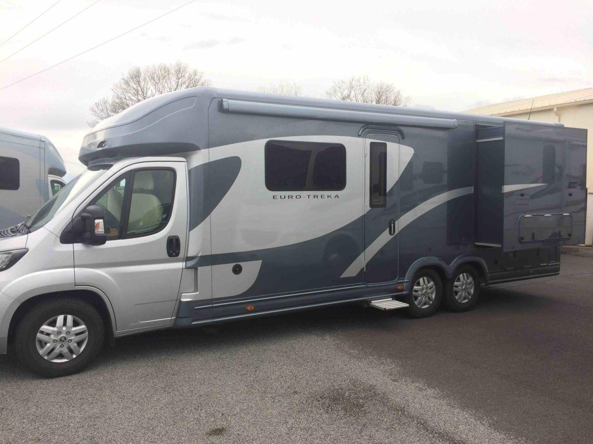 Camping Car Moto Treka Au H44 Le Haut De Gamme Tarif