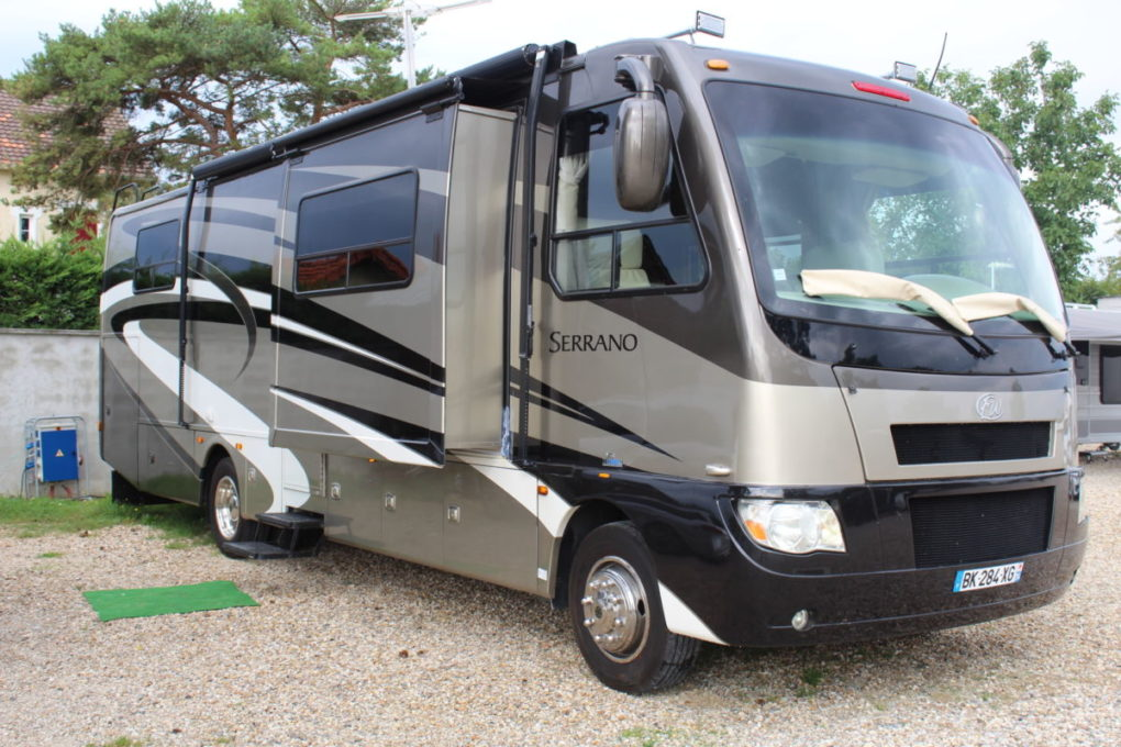 camping car poids lourd venez d couvrir nos motorhomes am ricains. Black Bedroom Furniture Sets. Home Design Ideas